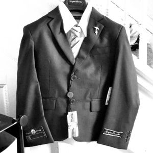 Boys Navy Blue Suit and tie